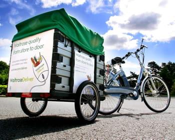 une bicyclette de livraison.