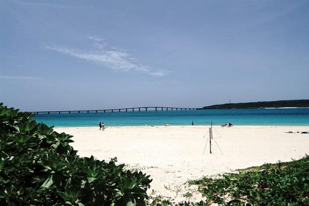 3e: Yonaha Maehama Beach, Okinawa (Japon), 70,32€ par jour