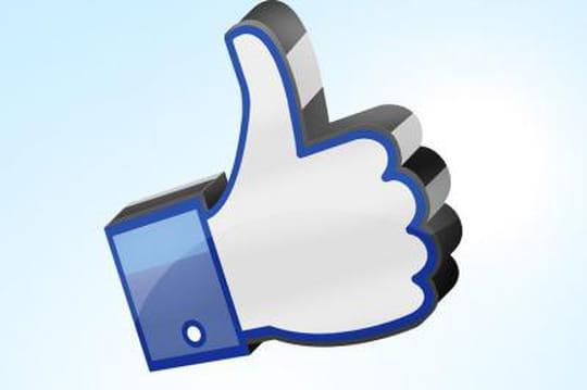 Facebook lance les hashtags sur mobile