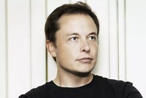 Après avoir gagné 25 milliards de dollars en une journée, Elon Musk reprend deux fois des moules