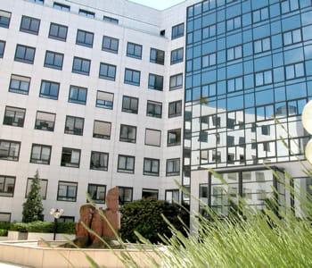 le siège de france telecom à paris.