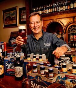 jim koch est venu à la rescousse des buveurs de bière.
