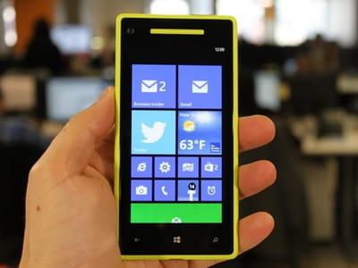 photo d'un windows phone 8.