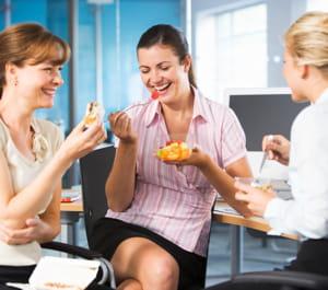 Je noue des liens avec des coll gues for Dejeuner entre collegues
