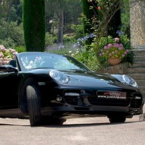 les voitures de luxe comme cette porsche turbo cabriolet se louent très bien
