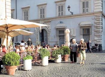 une place romaine.
