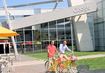 sur le campus de mountain view, même les vélos sont aux couleurs de google...
