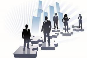 Zappos supprime tous les postes de managers et opte pour l'holacratie