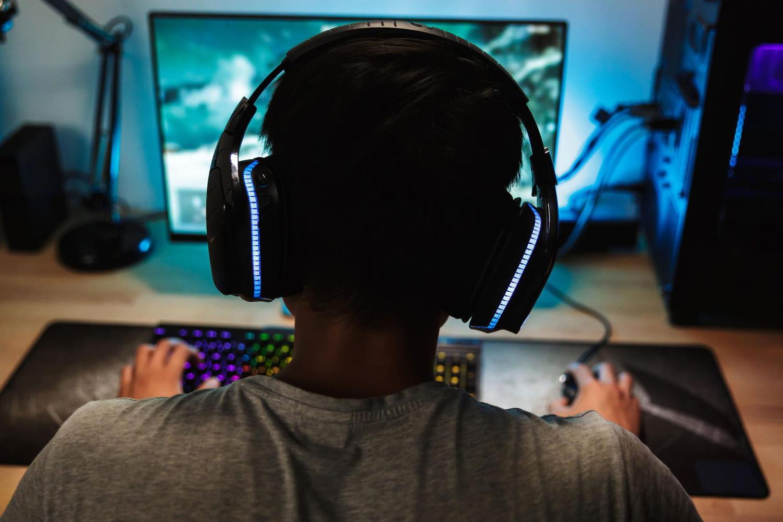 Casque gamer: PS4, PC, Switch, Razer, sans fil