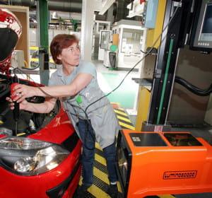 l'usine renault de flins produira des batteries pour voitures électrique.