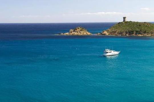 """Confidentiel : """"L'Airbnb du bateau"""" Clickandboat lève 200 000 euros"""
