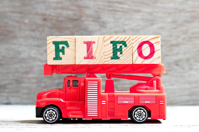 FIFO: définition simple, traduction