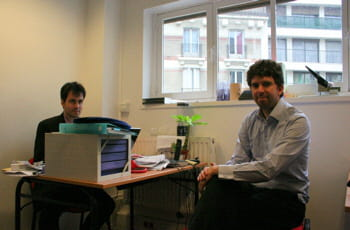 yann lopez (à gauche) et david remaud, les deux fondateurs de plug n surf