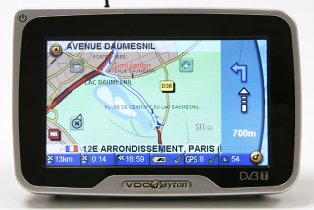 Info trafic et Bluetooth en option