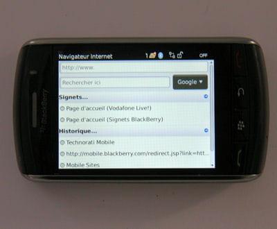 le navigateur du blackberry est propriétaire, et intégré directement à l'os.