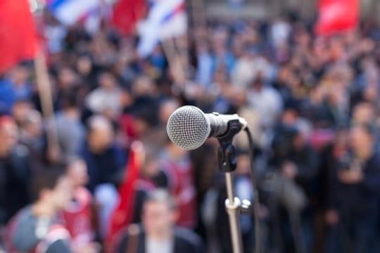 Comment se détendre avant de parler en public ?