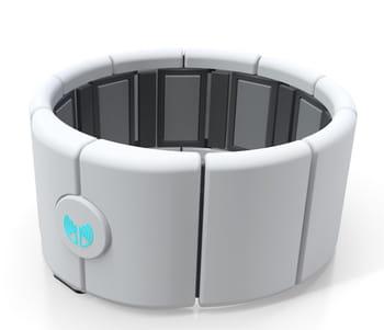 enfilez le brassard myo et dirigez tous vos appareils connectés d'un geste de la