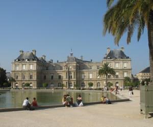 le palais du luxembourg, dans le 6e arrondissement.
