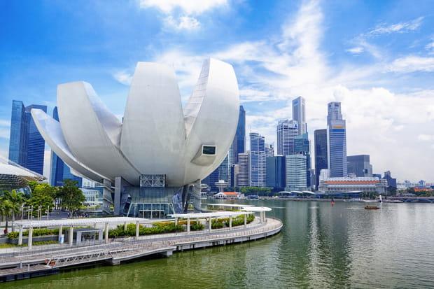 17e: Singapour