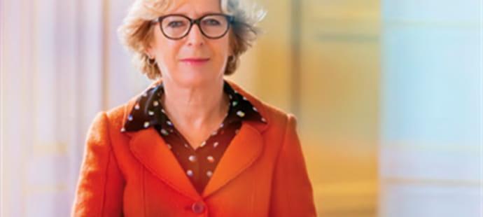"""Geneviève Fioraso (ministre de l'Enseignement supérieur):""""Nous lançons la première plateforme francophone de MOOC"""""""