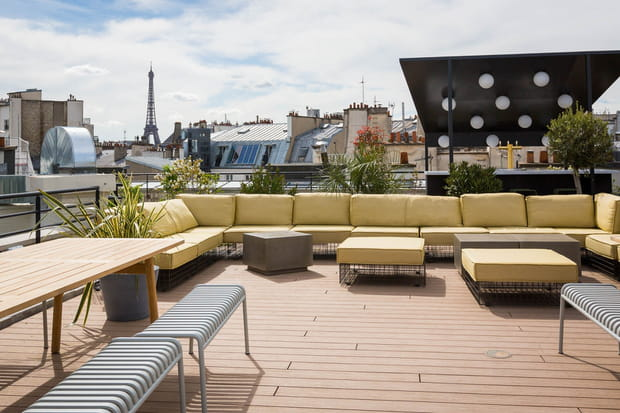 Un rooftop avec jardin
