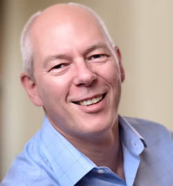 """Adrian Cockcroft (AWS) : """"De plus en plus de grands groupes ferment leurs data centers..."""