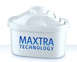 une cartouche filtrante brita, qui s'adapte à la plupart des appareils.