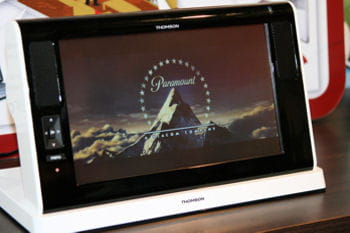 le portable infocenter de thomson fournit des services de tv sur ip et de vod