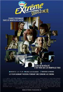 l'affiche de la campagne reprend les codes d'une affiche de cinéma