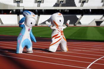 mandeville et wenlock, les mascottes officielles des jeux olympiques de londres.