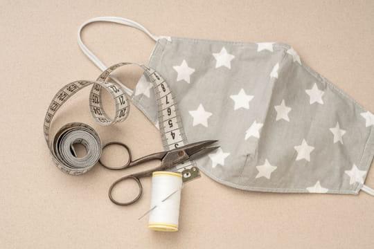 Faire un masque en tissu: le matériel à acheter pour le fabriquer