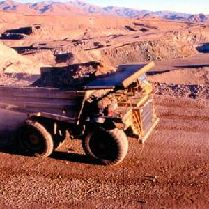 le chili fournit un tiers du cuivre mondial.