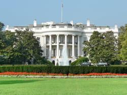 la maison blanche a déjà octroyé 48milliards de dollars à gm.