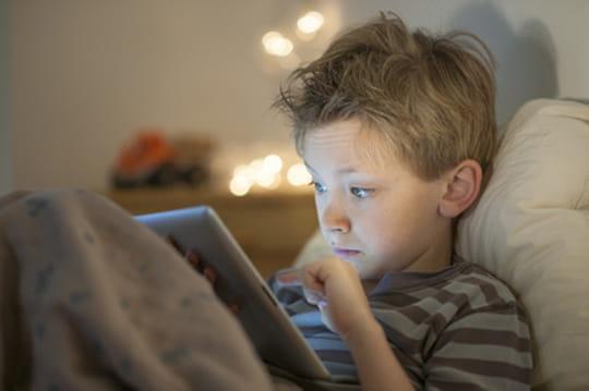 L'utilisation nocturne du smartphone est néfaste pour la santé