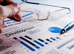 veiller au bon déroulement des opérations financières.