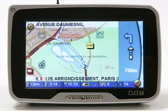 Info trafic et Bluetooth en option