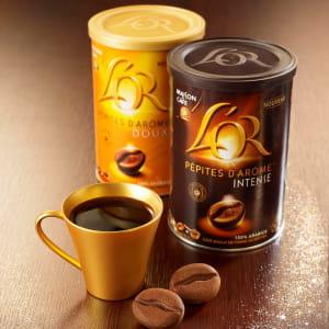 les pépites d'arôme de l'or s'utilisent dans des machines à café classiques et