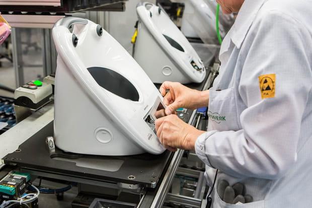 Reportage dans l'usine française du robot ménager Thermomix