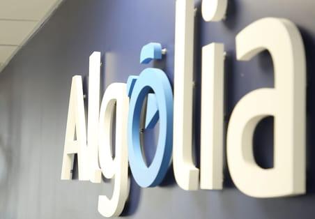 Algolia lève 110millions de dollars pour se lancer dans le conversationnel