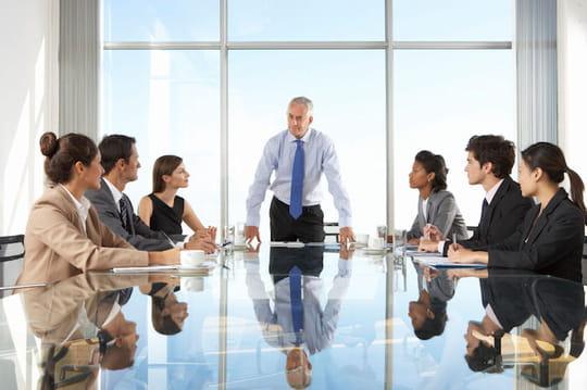 Cadre dirigeant: définition, salaire, avantages...