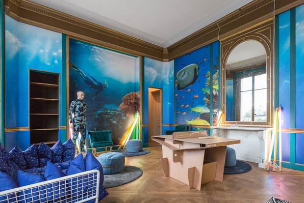 Une salle sur le thème de la plongée sous-marine