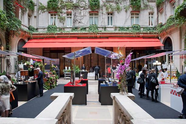Plaza Athénée : métiers et savoir-faire