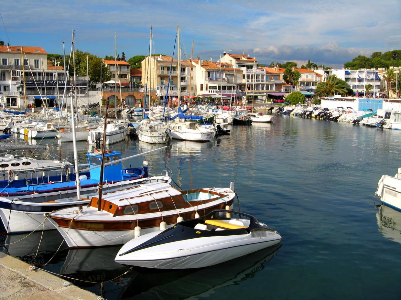 28e saint cyr sur mer var 4 270 euros le m tre carr for Combien le metre carre