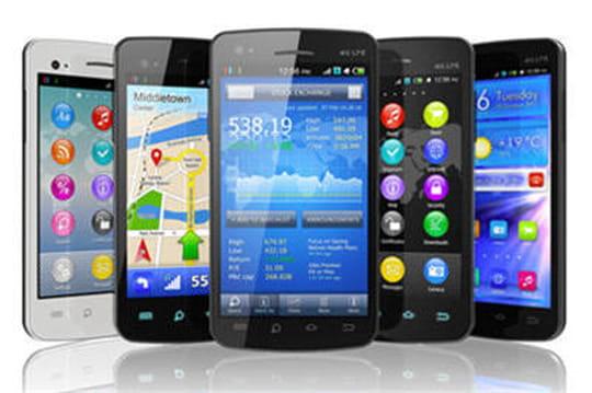 Galaxy S5 vs iPhone 5S : qui gagne le match des spécifications?