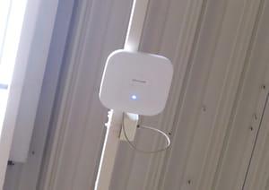 le magasin de gonesse est équipé d'une vingtaine d'antennes wi-fi.