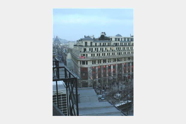 Locaux Allociné : vue sur Paris