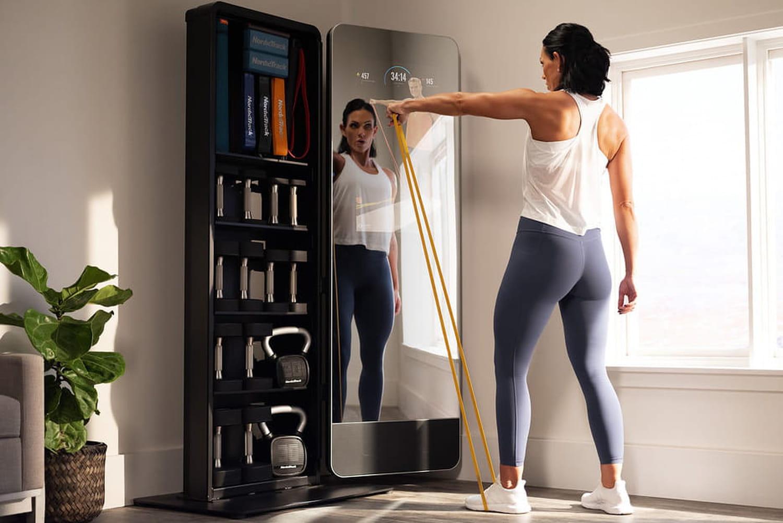 Sport à domicile: iFit place un coach sportif dans ses miroirs connectés