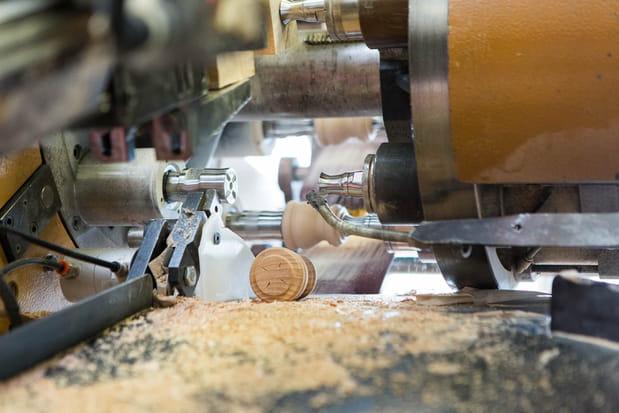10 tours automatiques multibroches sculptent la forme du moulin