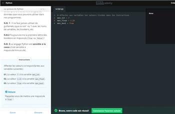 l'interface de codecademy, avec les instructions à gauche, etle code à écrire