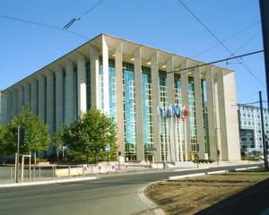 le conseil régional d'aquitaine.